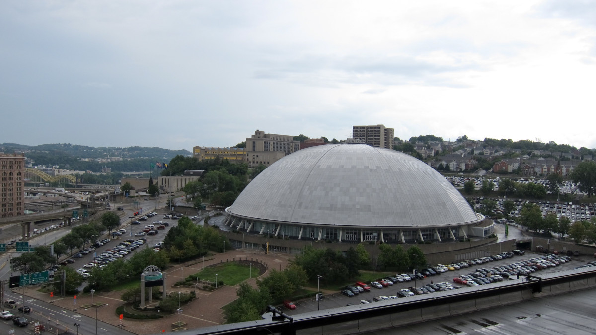 Photo by Perry Quan - The Civic Arena