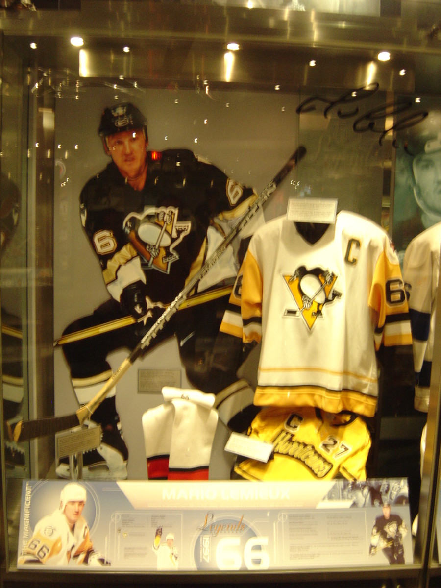 Lemieux Display in the Hockey Hall of Fame