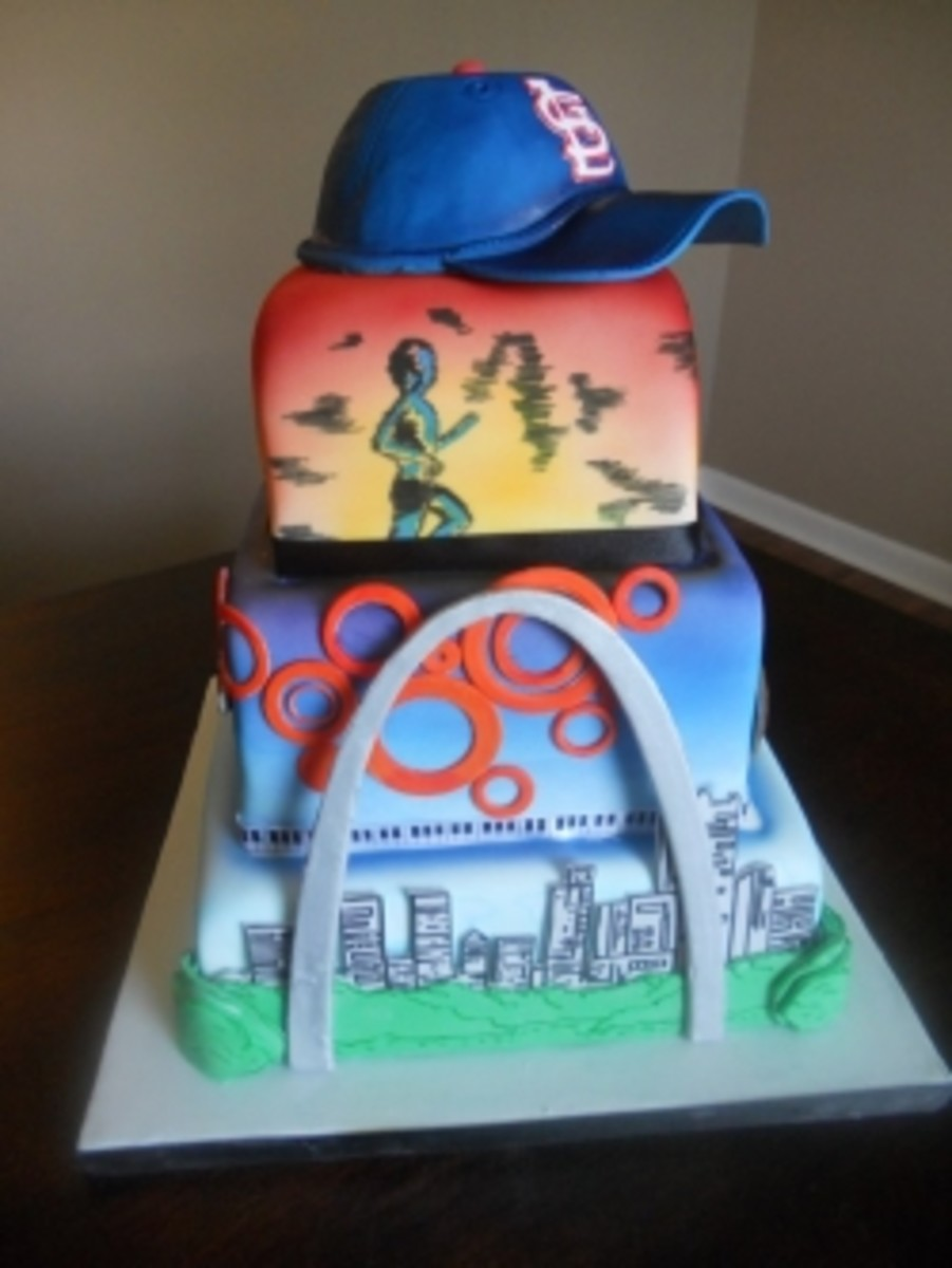cake-decorating-with-an-airbrush