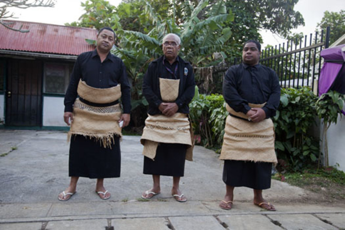 Tongan Traditional And Modern Attire Hubpages