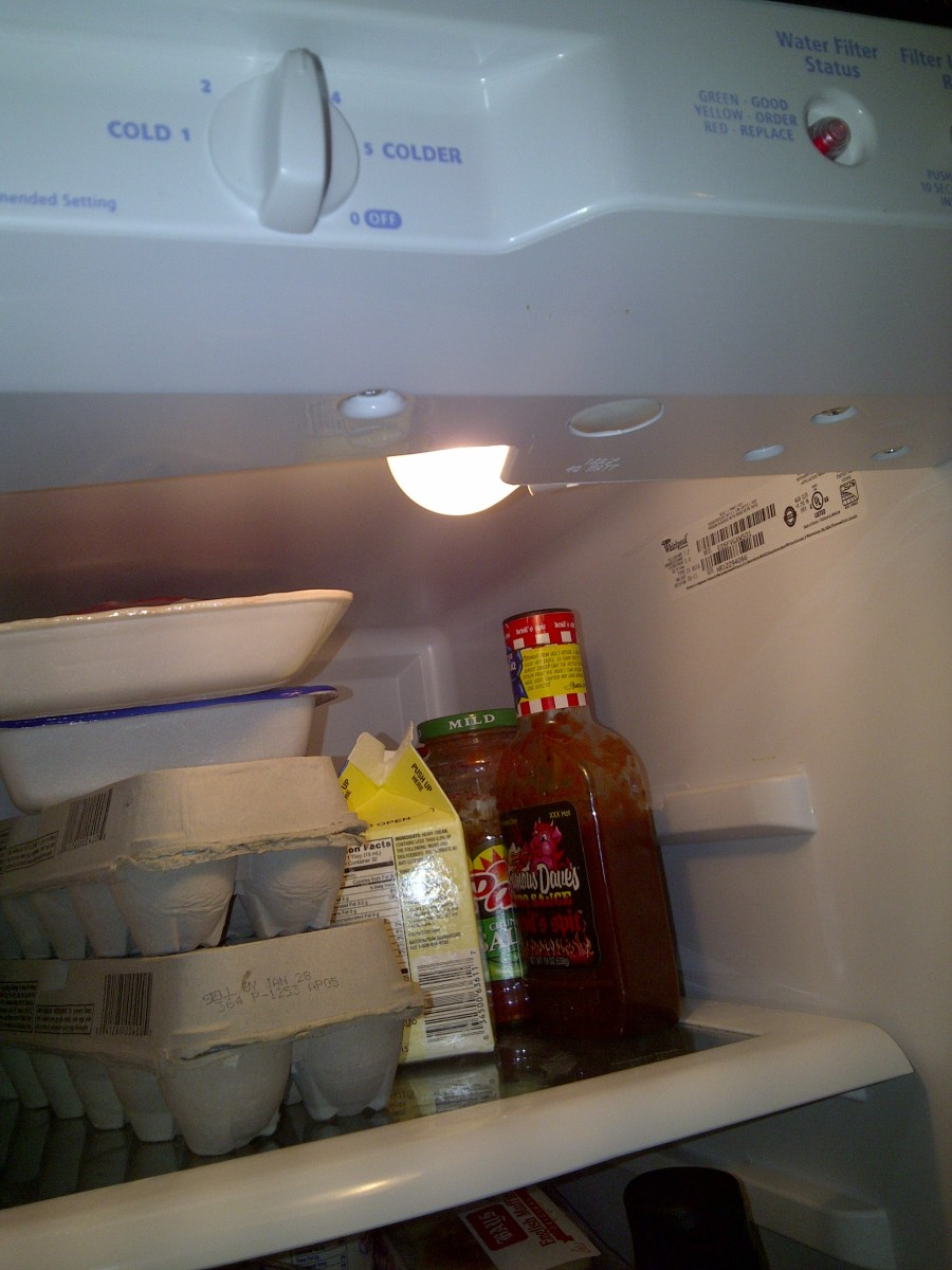 What is the simplest way to prove the light turns off in the refrigerator when the door is closed?