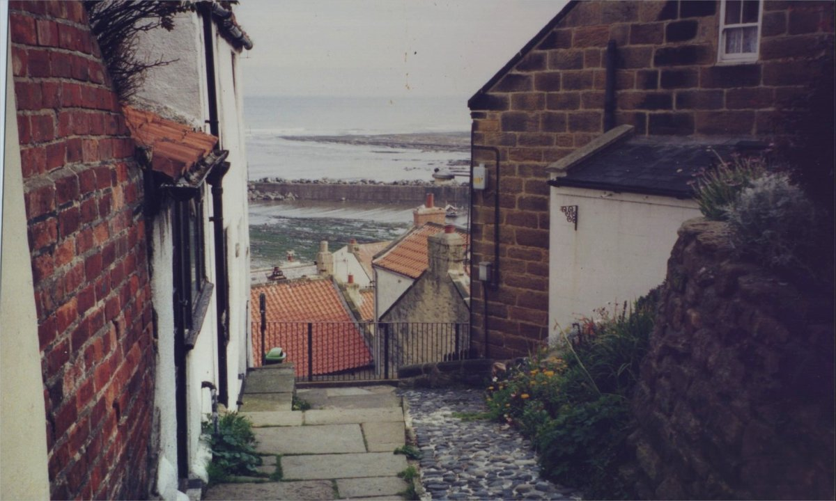 Photograph of Staithes by Helen Lush