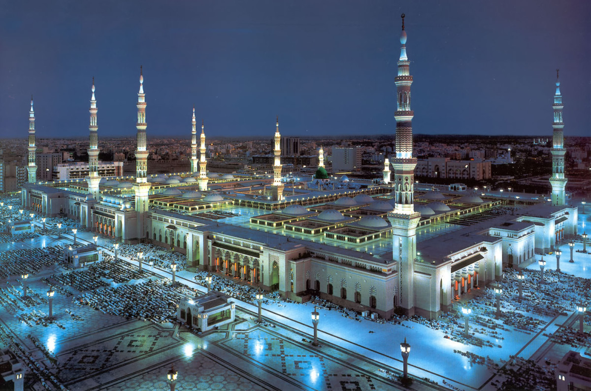 Prophet Muhammad's (peace be upon him0 mosque. Beautiful!