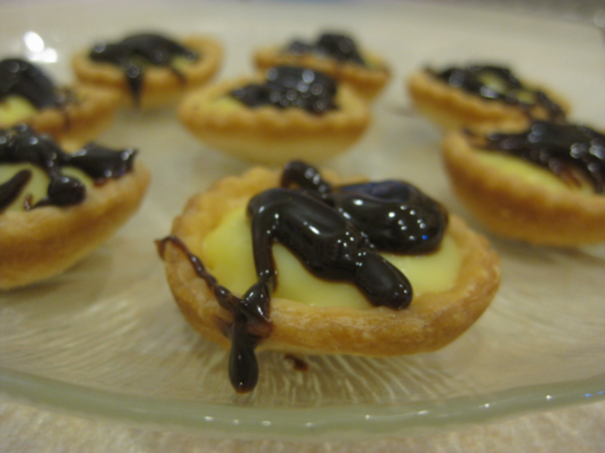 Mini Easy Eclair Cups!