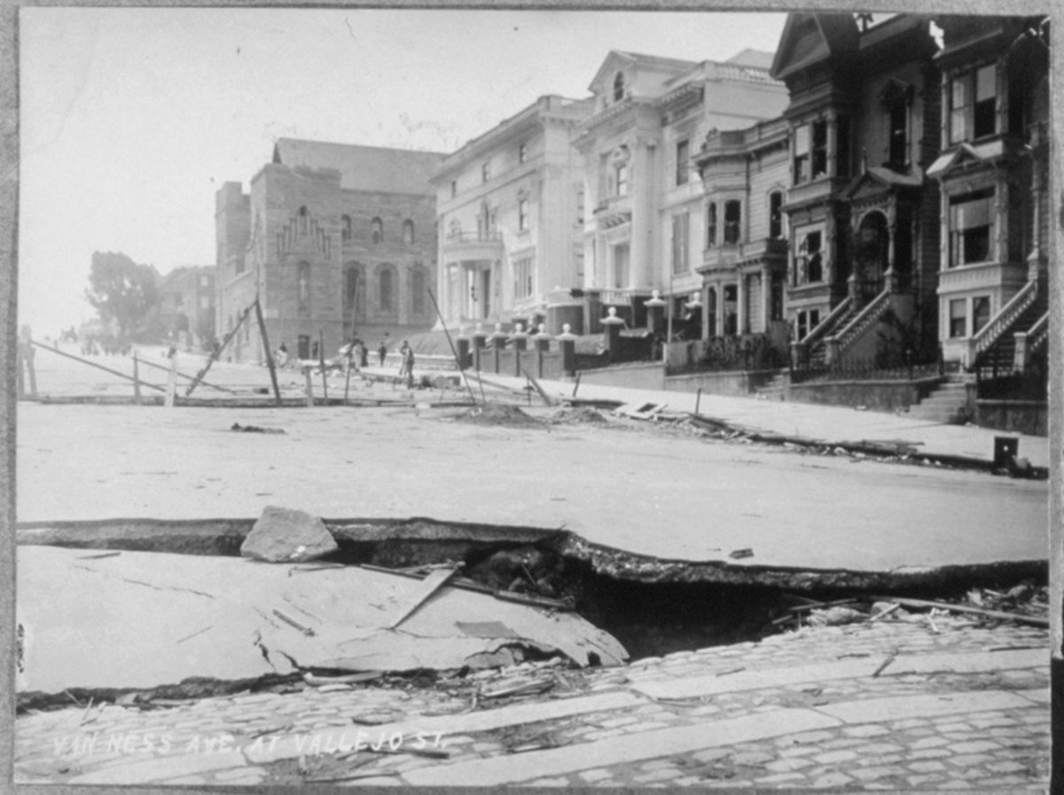 San Francisco Earthquake of 1906, Van Ness Avenue at Vallejo Street