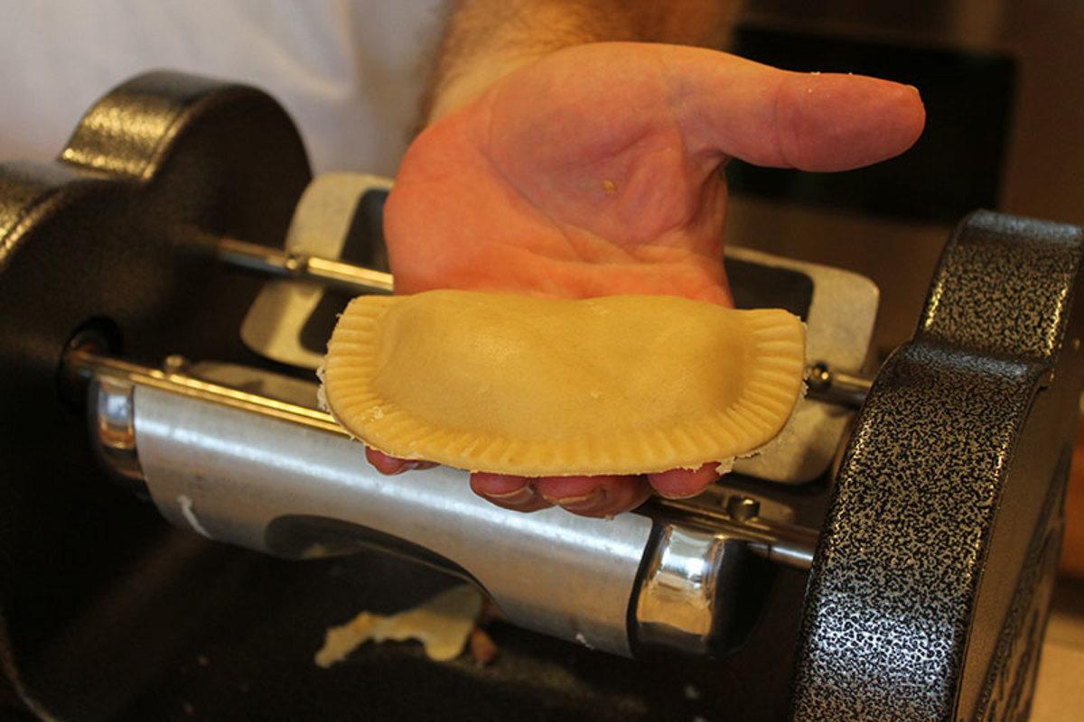 Hand Crank Pie Maker