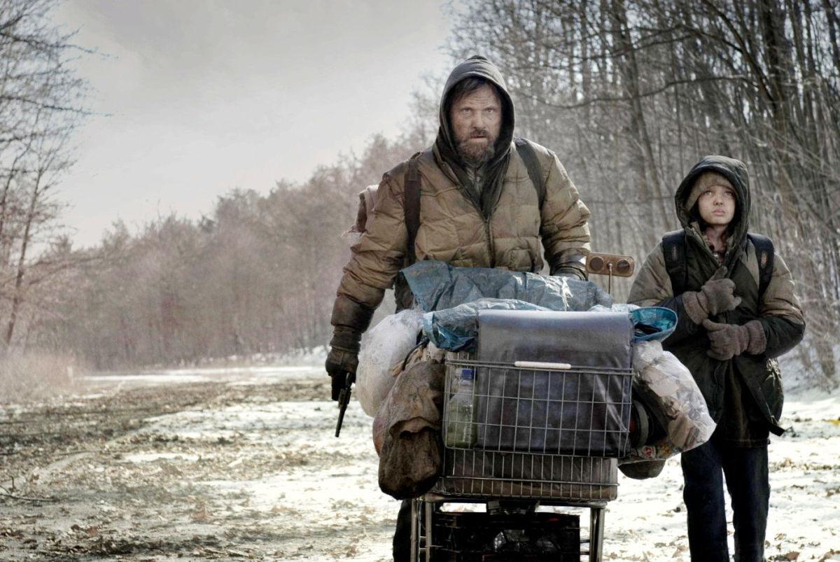 The Man and the Boy (Viggo Mortensen and Kodi Smit-McPhee) © Dimension/Weinstein