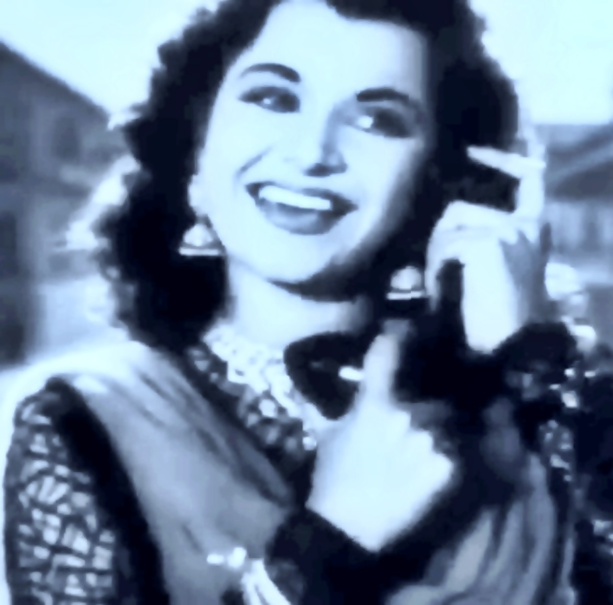 A very melodious song that echoes even today in Bollywood - Another Shamshad Begum Classic with Chitalkar (C Ramachandra)