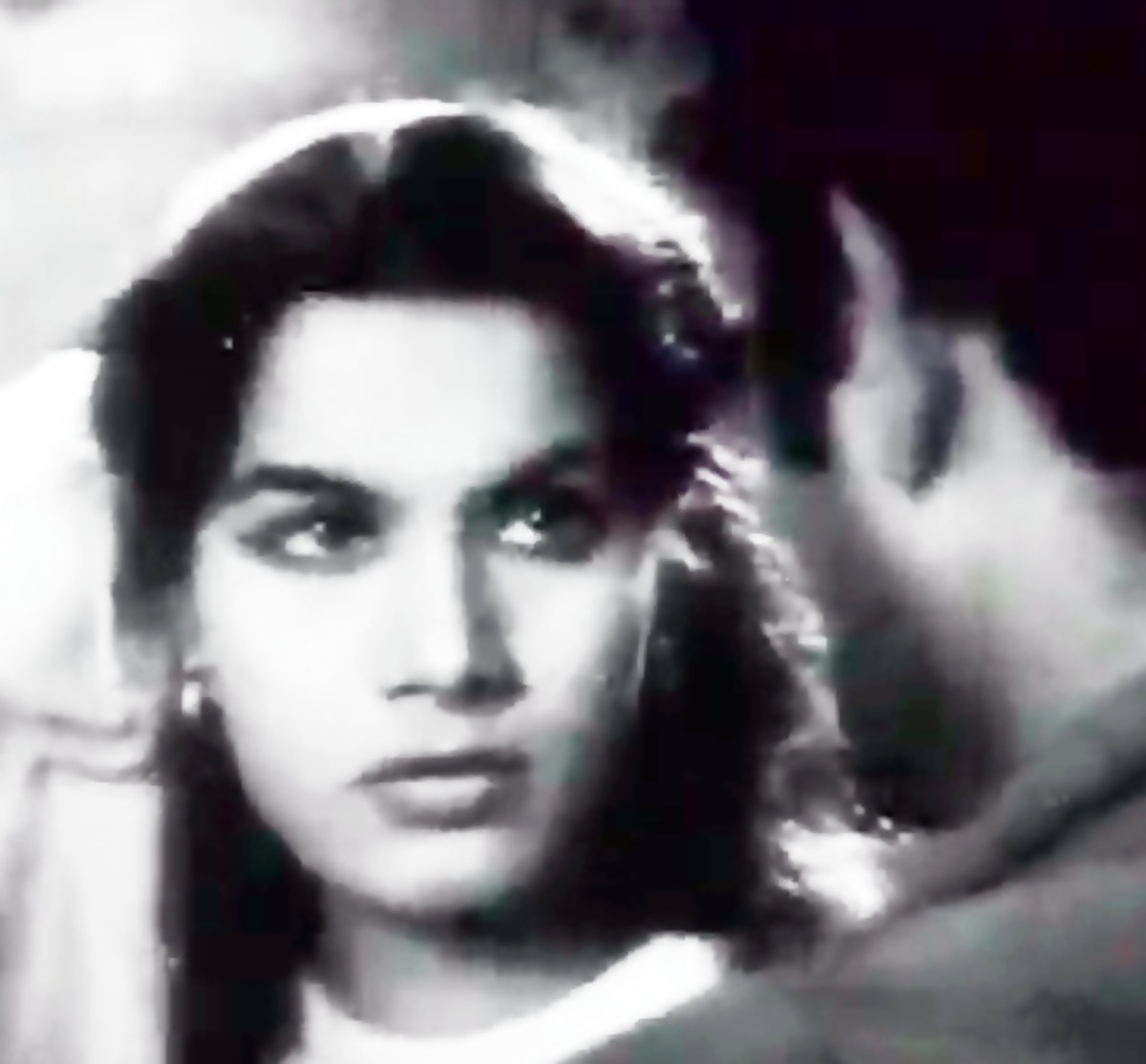 A great Song by Shamshad Begum from the movie AAR PAAR
