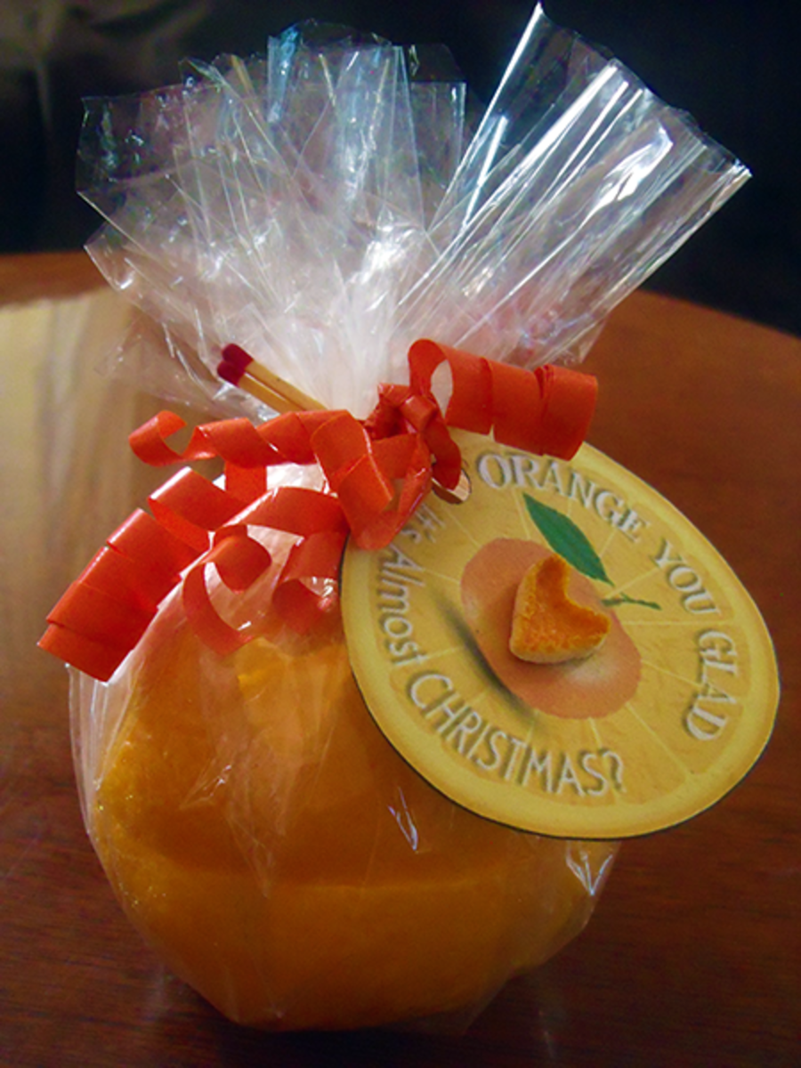 Frugal Homemade Gift: DIY Orange Candle