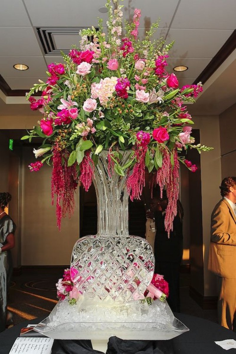 Wedding Vase Ice Sculpture