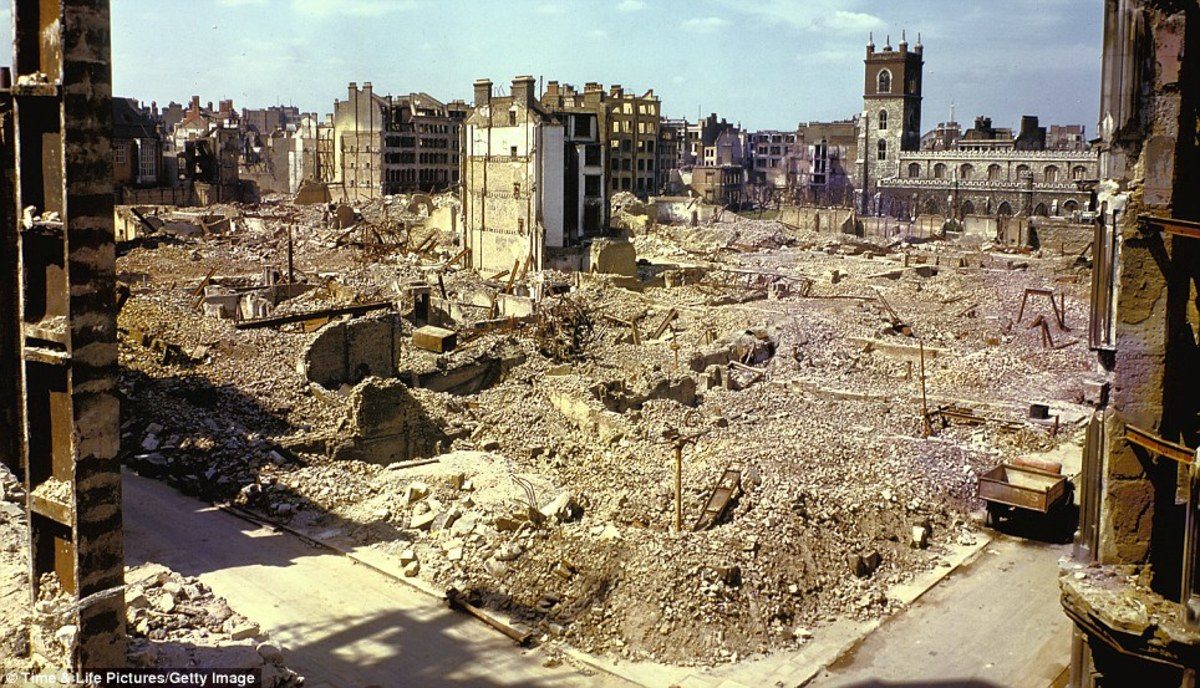 The London Blitz - Terrifying five years of death and horror every day and night - could we cope with this today?