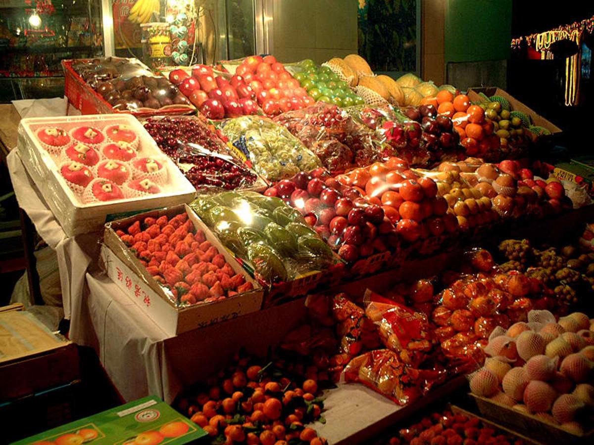 Fruit markets in China via Wikimedia Common