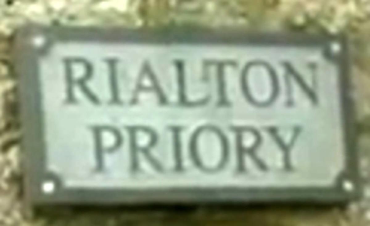 Holy Wells near Newquay, Cornwall: Rialton Priory entrance.