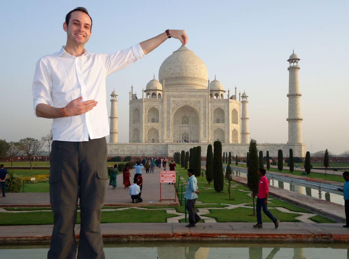 Silly Taj Mahal picutre