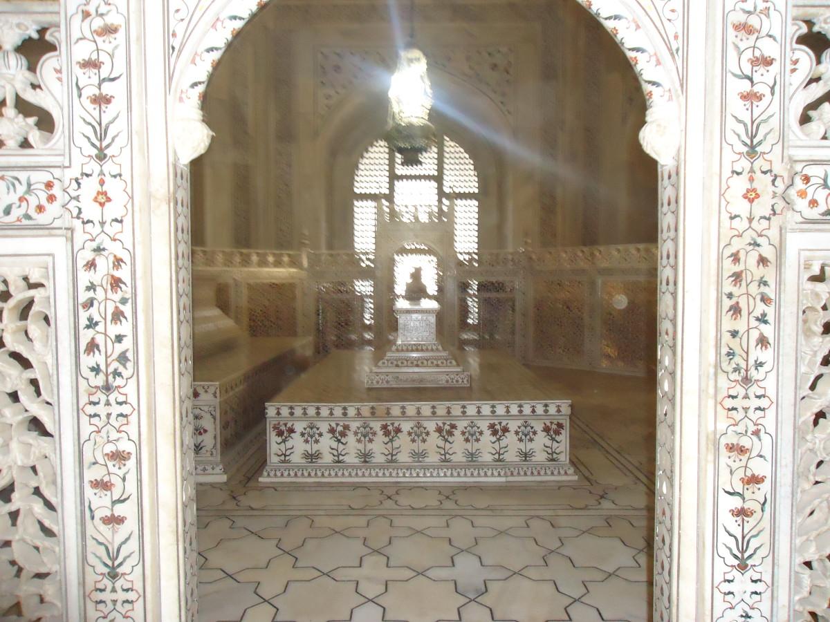 The tomb inside the Taj Mahal