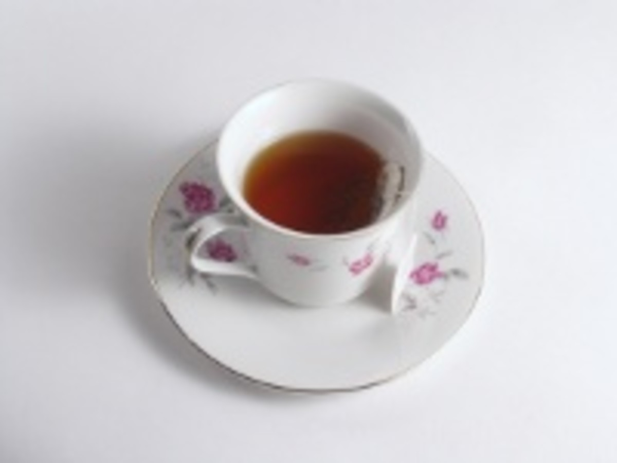 Learn Spanish by chatting with a native speaker over a cup of tea.