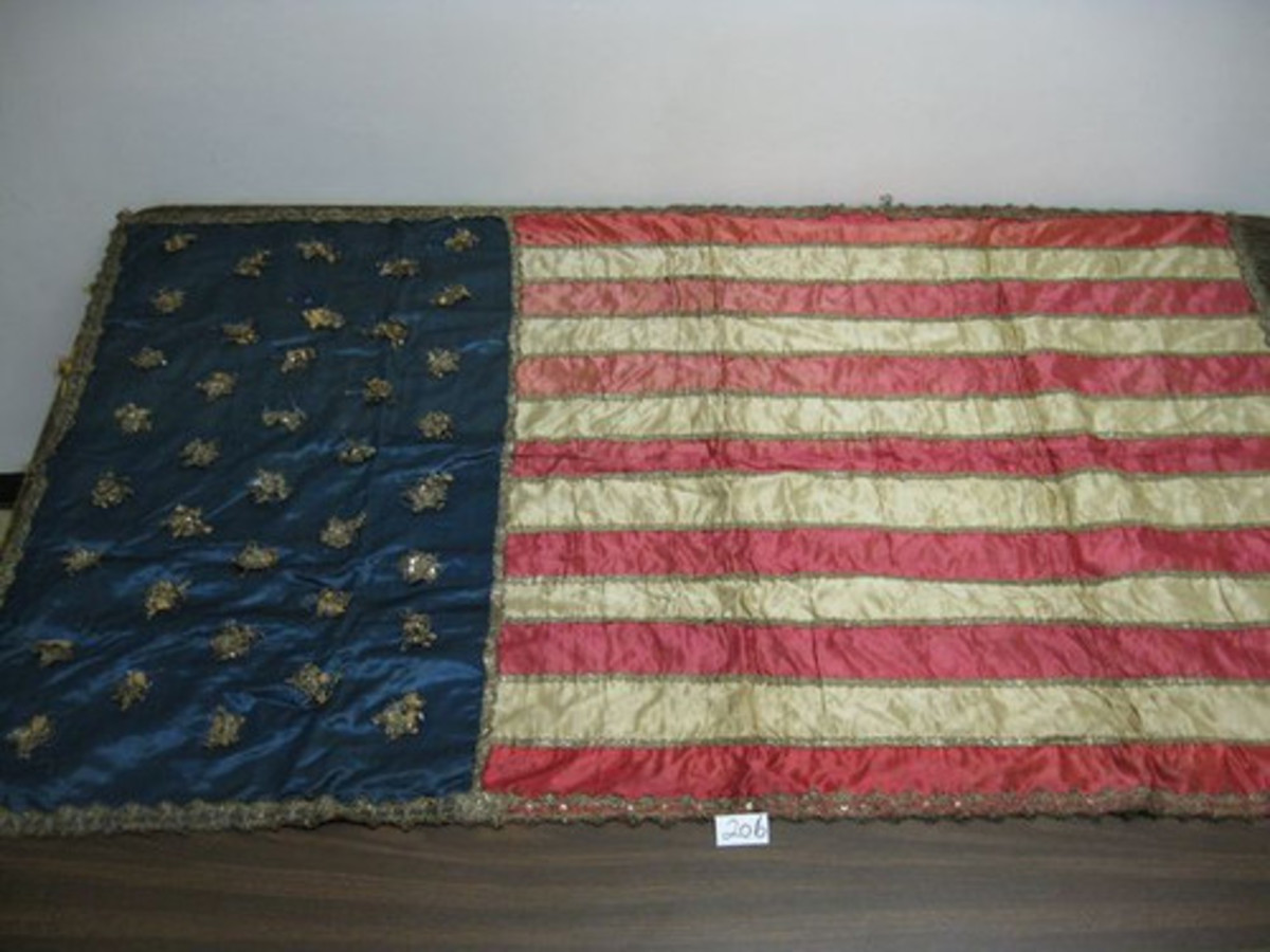 Antique 38 star American flag quilt $10,000 on eBay
