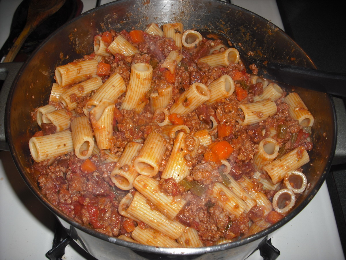 You may serve the sauce over al dente pasta, or you may toss the pasta in the sauce before serving, as I have done here.