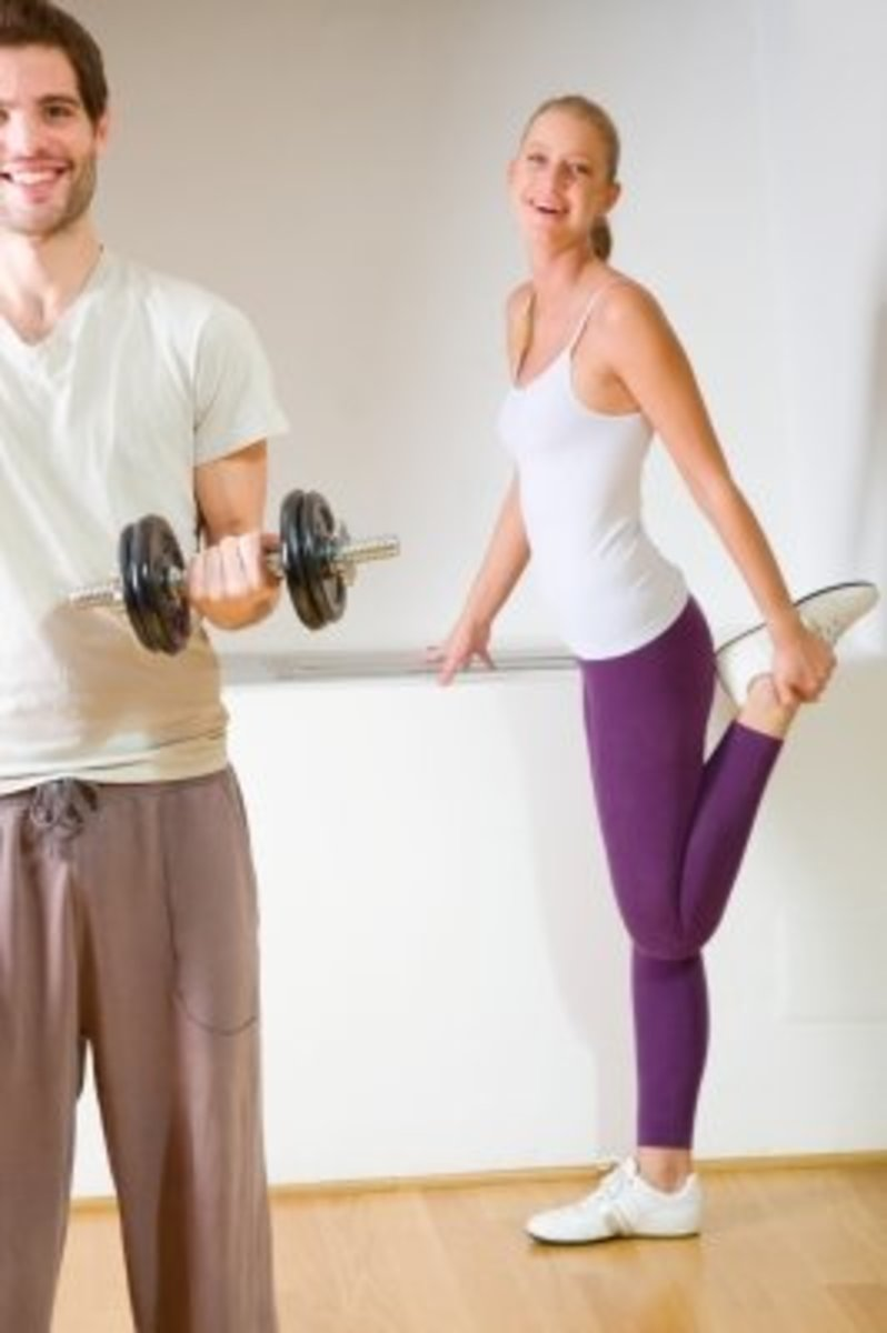 There are better ways to impress a girl at the gym than to parade your bulging biceps.