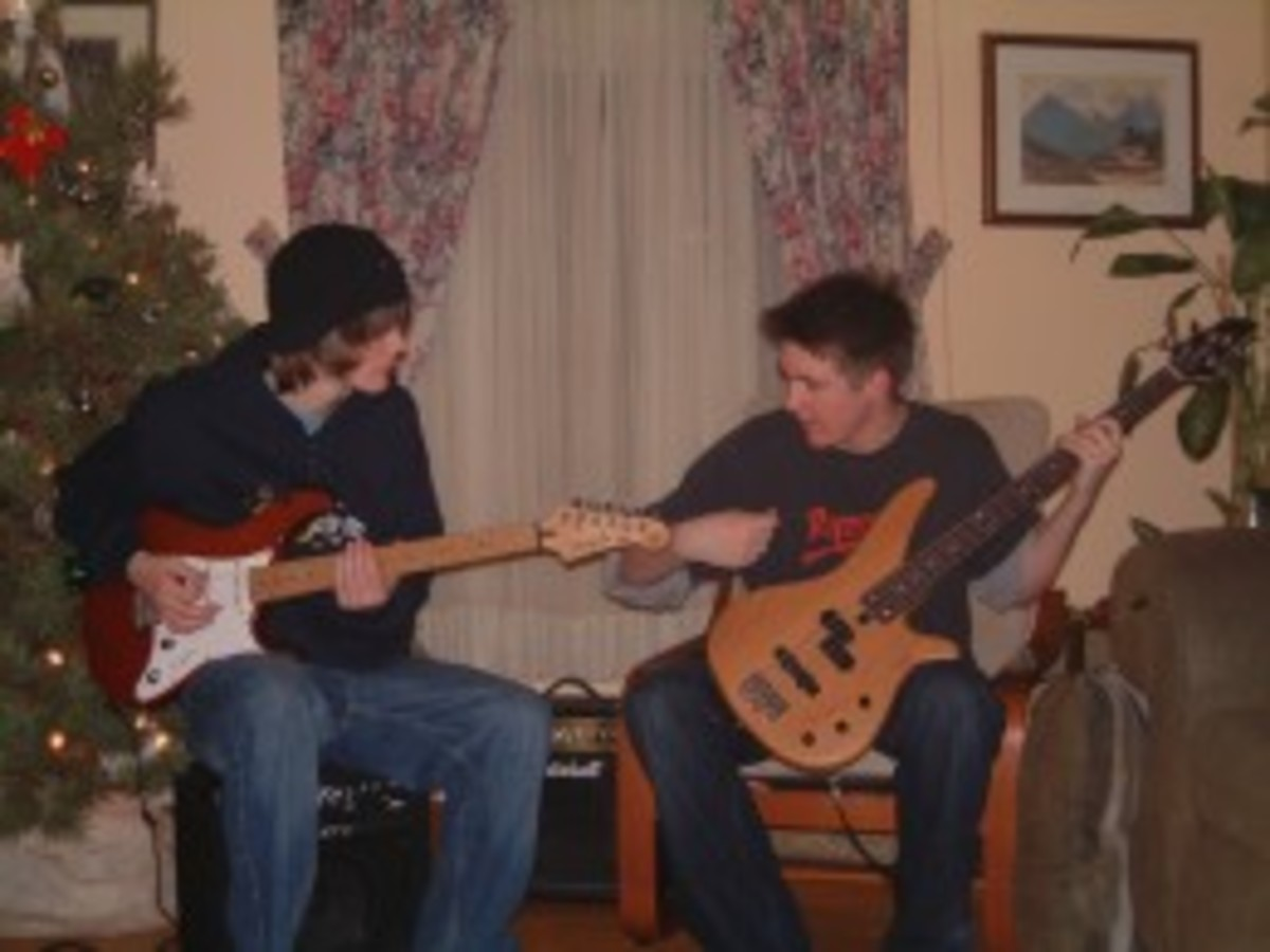 This is one of my favorite pictures. Matt on guitar and Allan on bass.