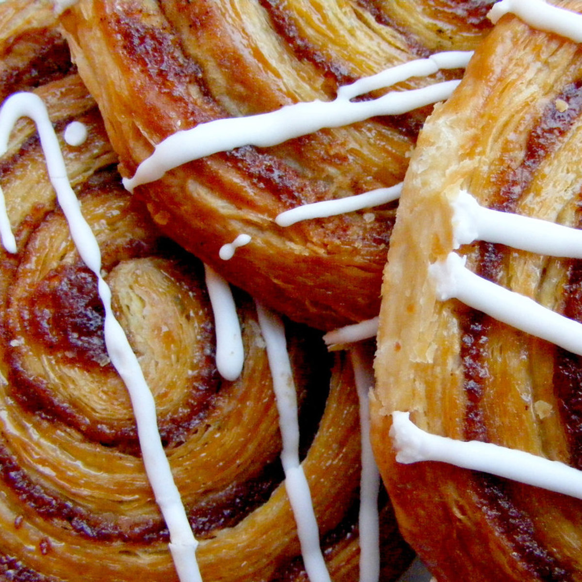 how-to-make-cinnamon-swirls-or-apple-raisin-and-cinnamon-swirls-a-cheats-method