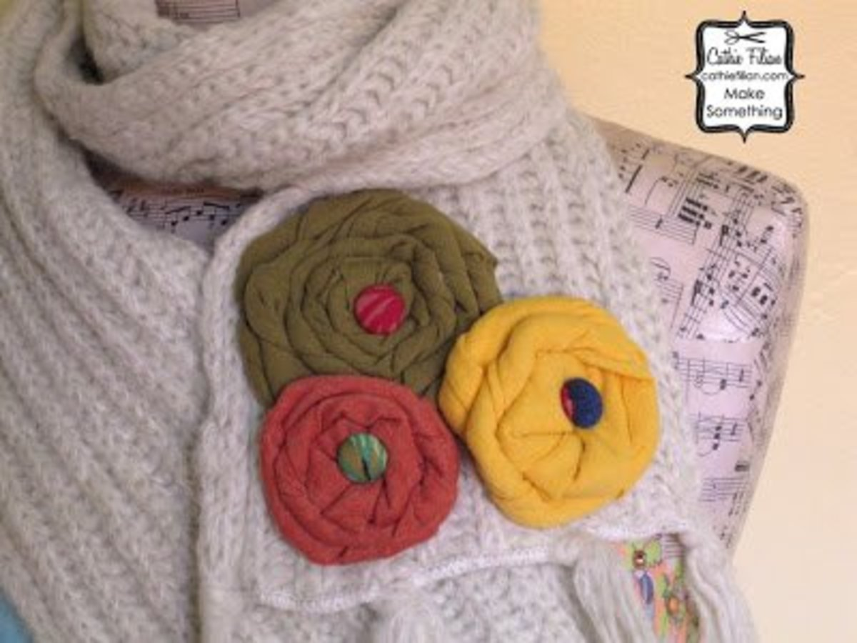 t-shirt-re-do-flowers-on-knit-scarf