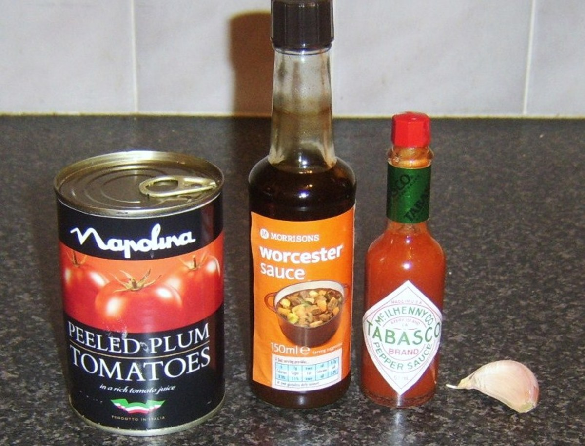 Spicy plum tomato pasta sauce ingredients