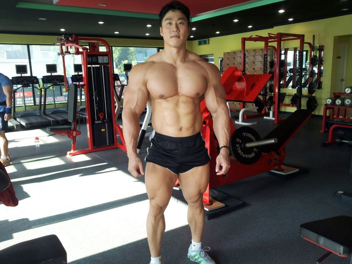 korean-bodybuilder-lee-seungcheol