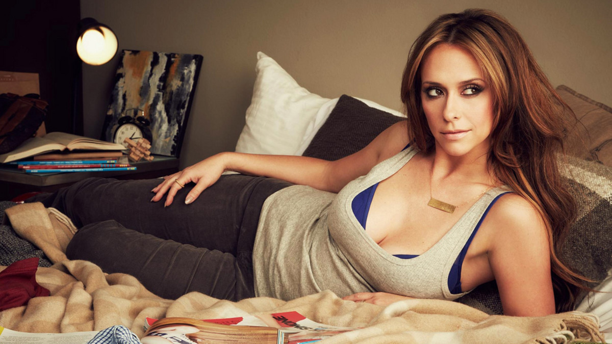 The alluring Jennifer Love Hewitt.