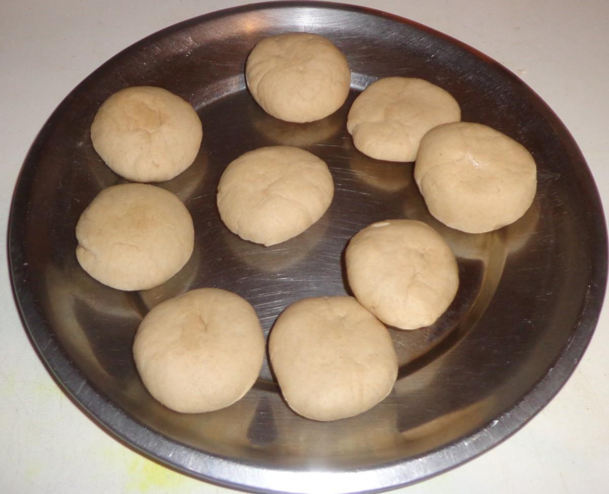 Make wheat balls as shown