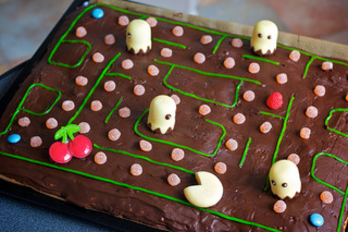Pac-Man Cake courtesy of Nico Kaiser