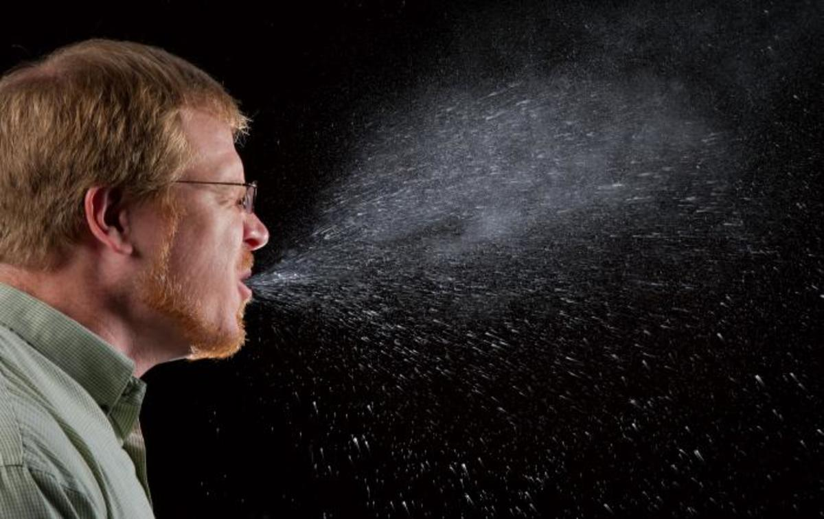 A sneeze captured with a high-speed camera shows just how much and how far contagion can spread if the sneeze is not covered up