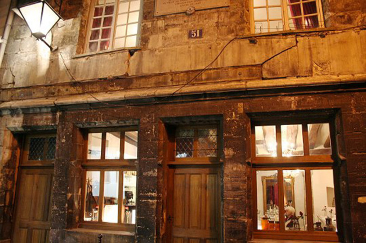 Now its a restaurant. Nicolas Flamels House.