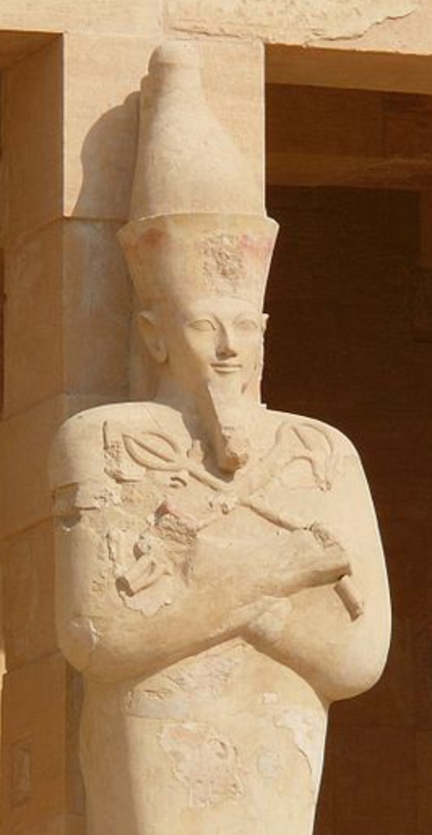 Hatshepsut's Customary Osirian Statue