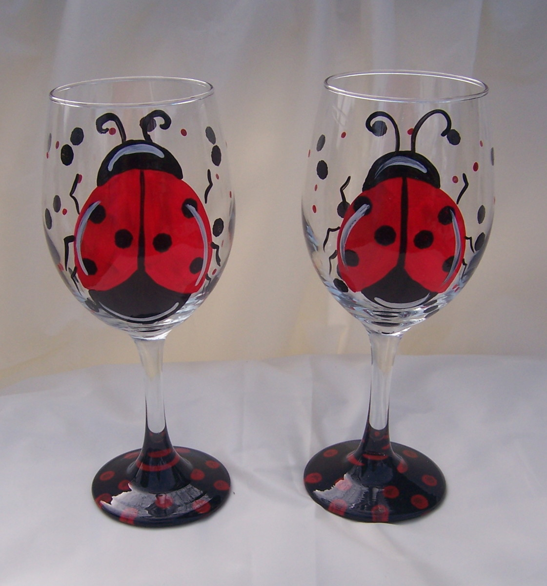 Just too cute ladybug wine glasses
