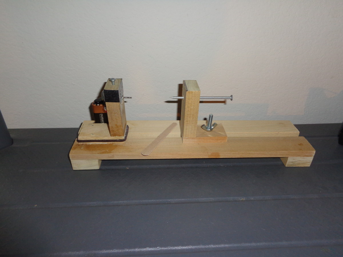 Mini Balsa Wood Lathe
