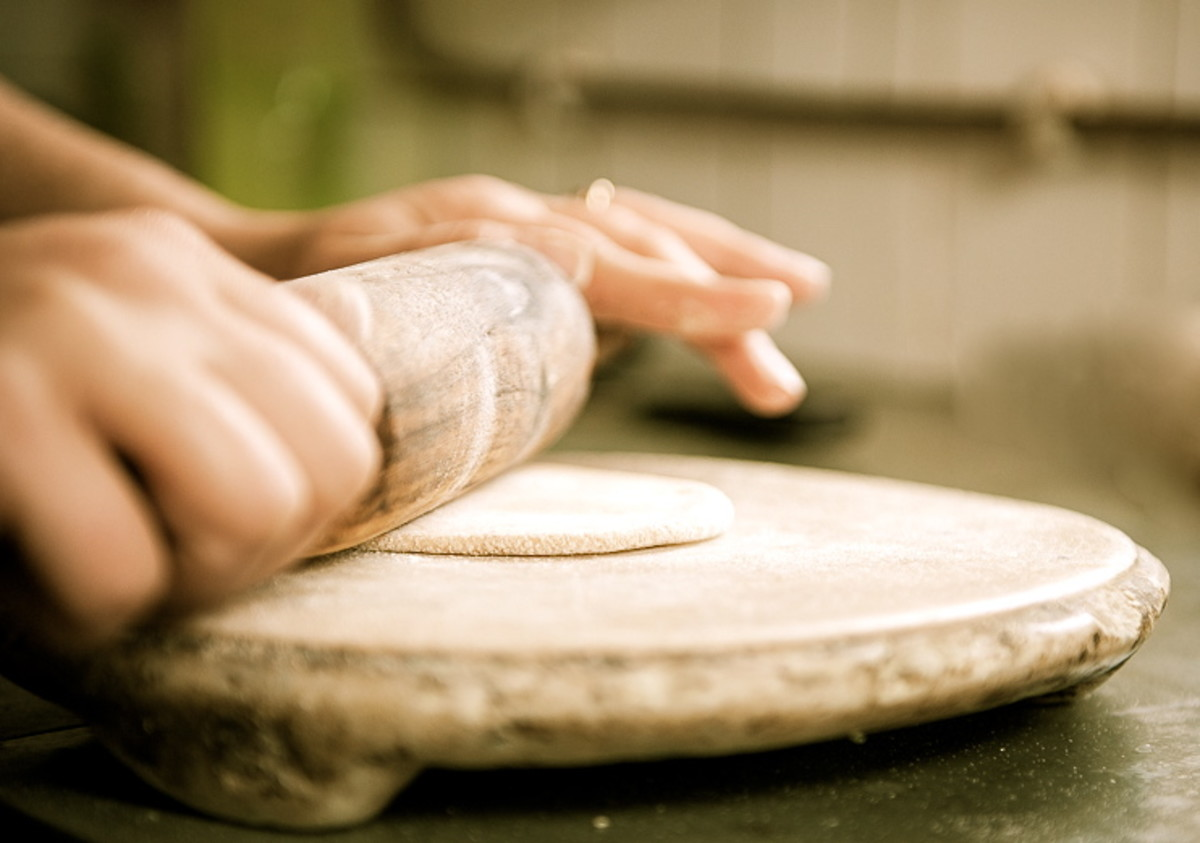 traditional-way-to-make-roti-an-unleavened-bread-from-grain-to-dish