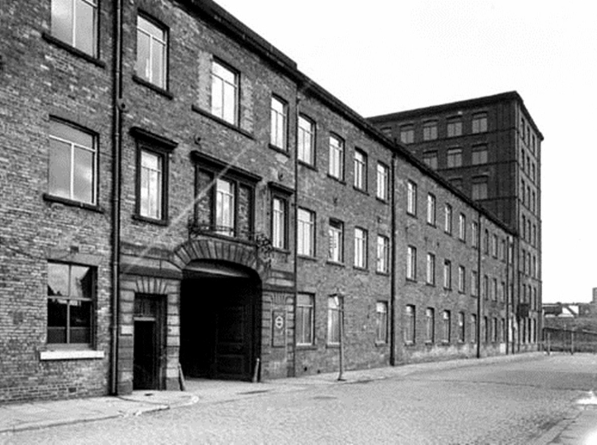 Hunslet Mills, site of many of the district's industrial premises when my grandma was growing up in the area in the 1920s.