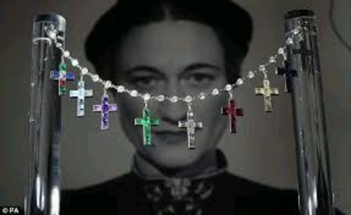 Edward spent vast amounts on jewels for Wallis Simpson