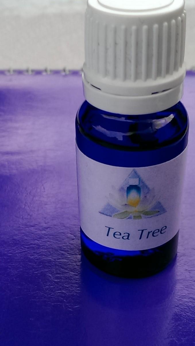 Tea Tree Essential Oil, 2 ml
