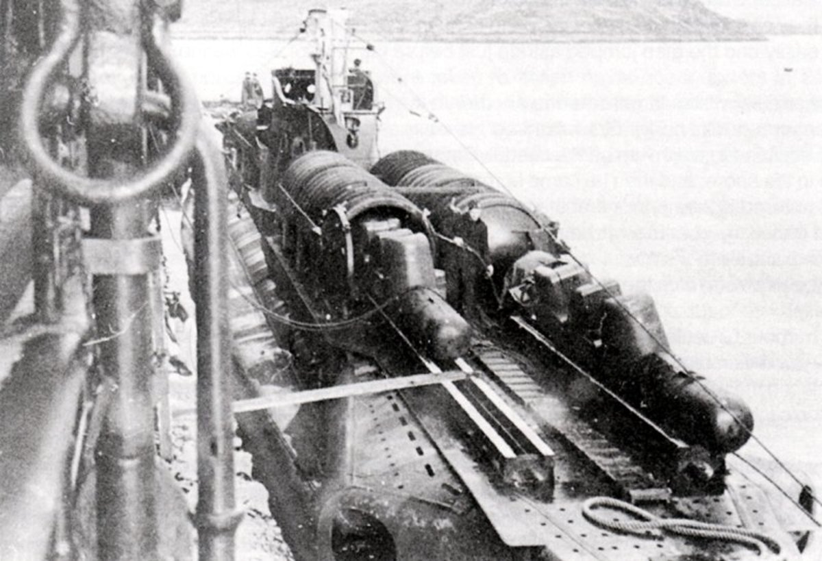 Chariots loaded on HMS Trooper