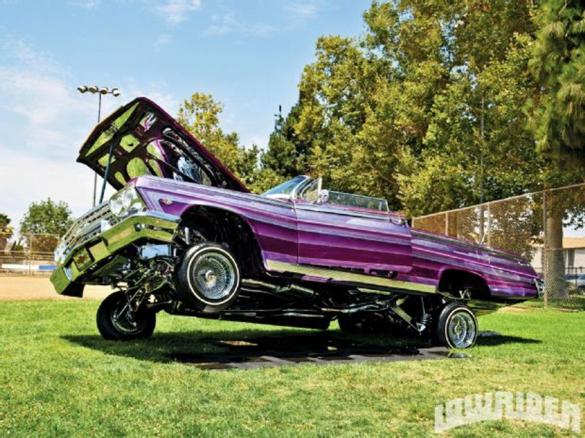 Low Rider Car Hopping Bouncing To The Music Of Hydraulics