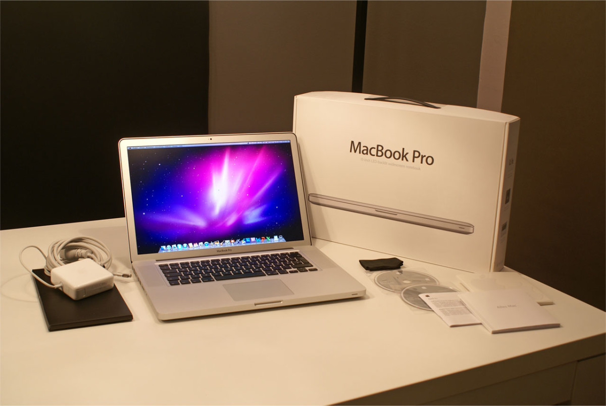 Apple's MacBook Pro Review and Buyers Guide