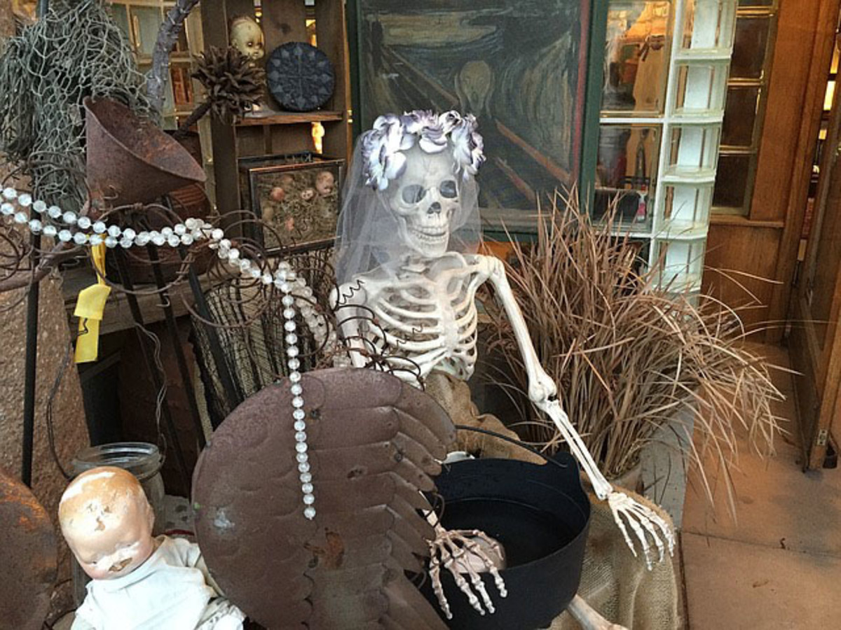 A skeleton bride waiting patiently.