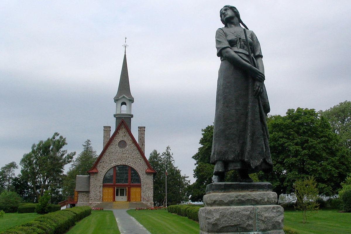 Evangeline by Longfellow - A Tale of Acadie