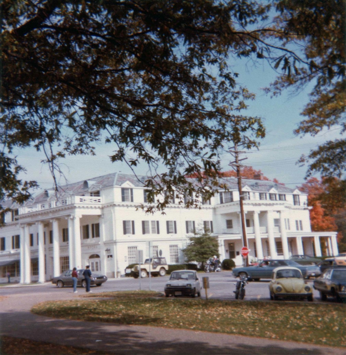 Boone Tavern, a historic restaurant and hotel operated by Berea College students. I have been surprised over the years by the number of people I have run across who are familiar with this attraction.