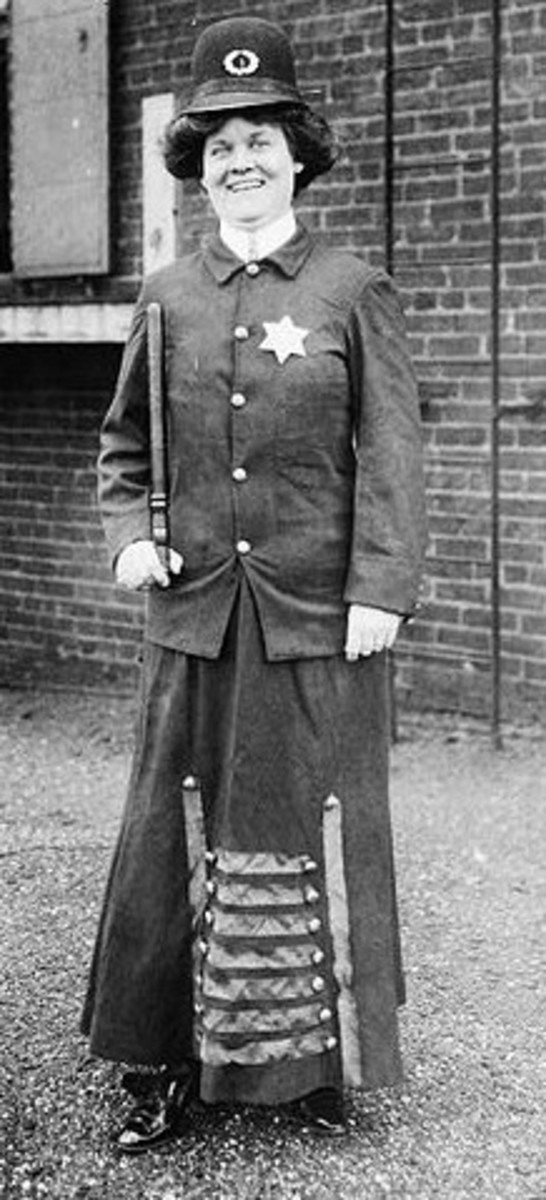 Cincinnati, Ohio Police Woman - Early 1900s