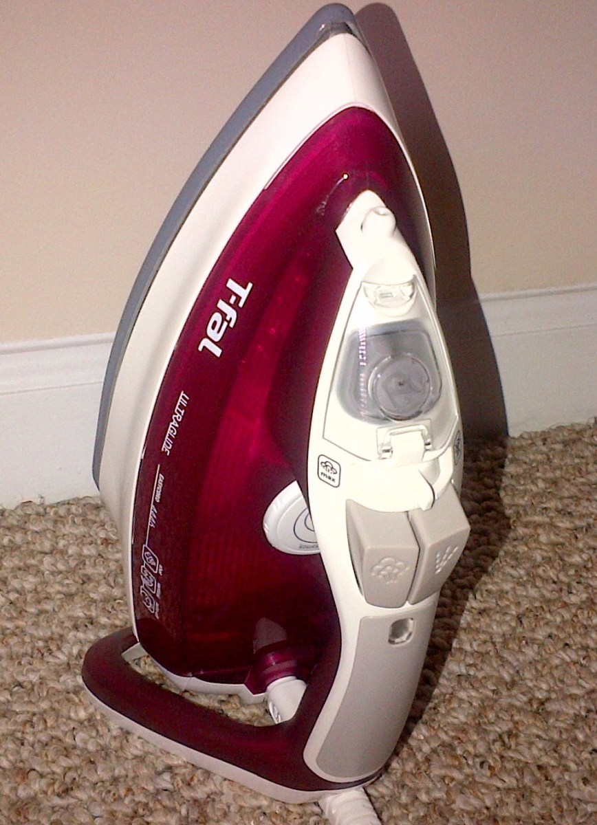 A Review of  the T-fal UltraGlide - Best Steam Iron