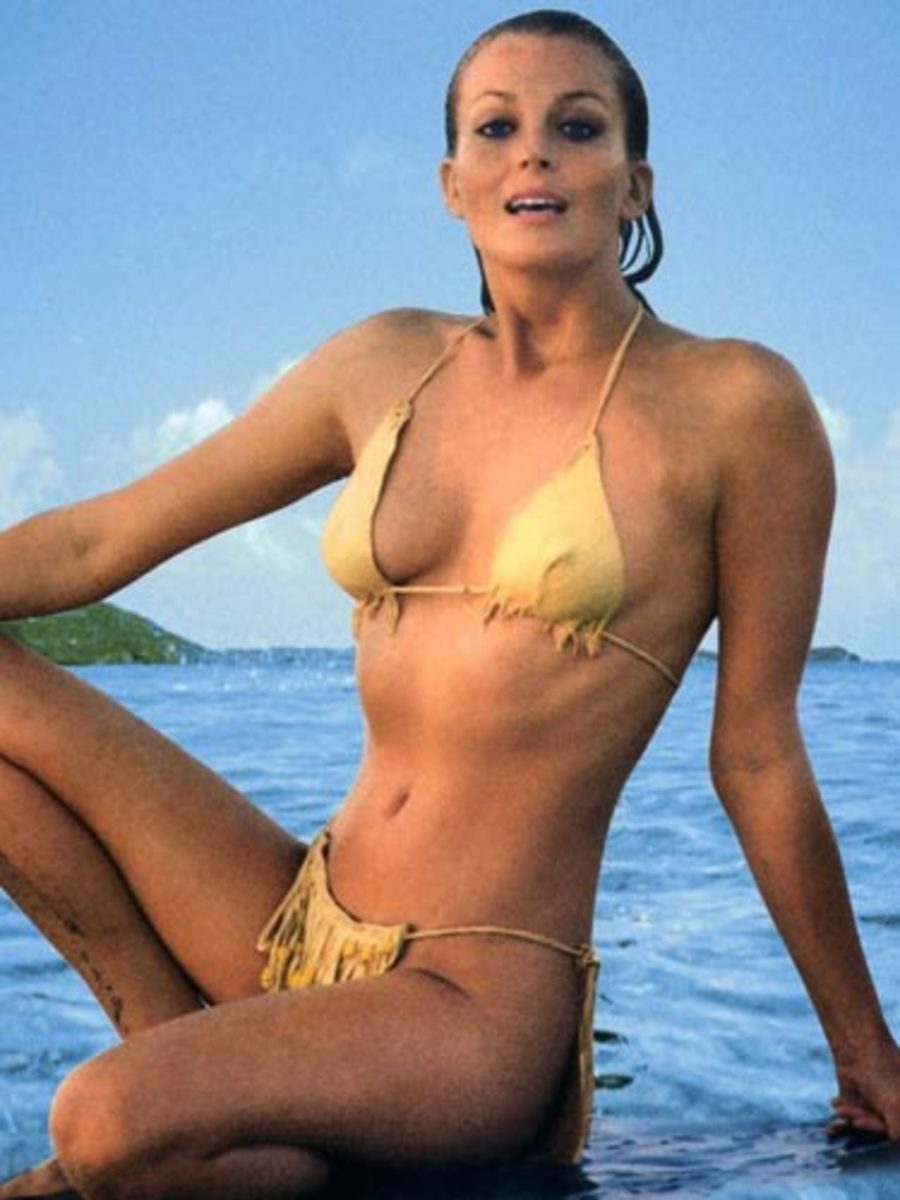 A look back at Molly Sims in the 30 million bikini